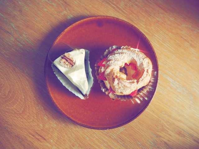 オーブン・ミトンのケーキの画像