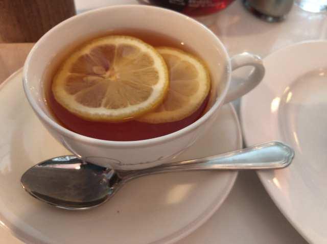 食後の紅茶の画像