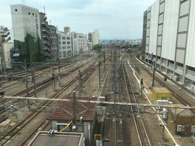 線路側の席からの景色