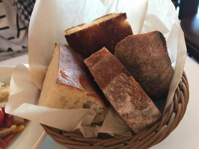 セットのパンの画像